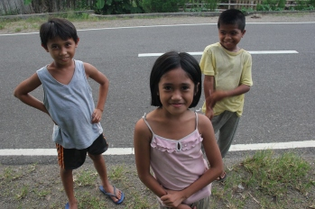Kids on Bohol.